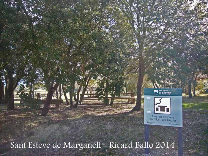 Església de Sant Esteve de Marganell - Zona de pícnic.