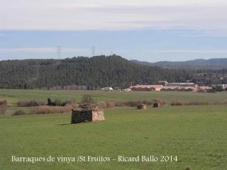 Cabana de camp situada a prop de les suposades restes de l'església de Sant Genís de la Vall dels Horts - Bages