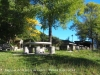 Església de Sant Jordi – Cercs - Zona de pícnic, situada al davant mateix de l'església. Disposa de barbacoes.
