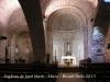 Església de Sant Martí - Mura. Fotografia del interior de l\'església, obtinguda a través del vidre de la porta principal.