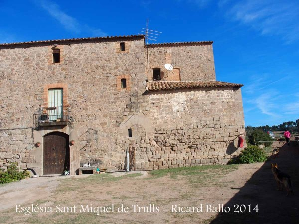 Església de Sant Miquel de Trulls – Viver i Serrateix