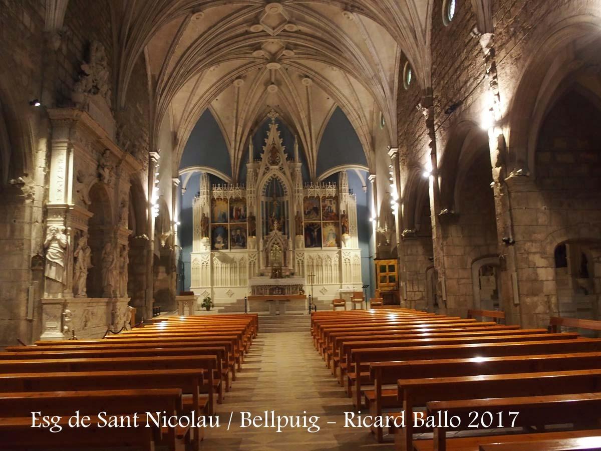 Església de Sant Nicolau - Bellpuig - A l'esquerra de la fotografia apareix el mausoleu de Ramon Folch de Cardona-Anglesola