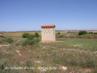 A la vora d'Alfés - Torre colomer