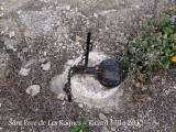 Església de Sant Pere de Les Roques – Santa Coloma de Queralt - Eines del camp: una trampa per caçar animals.