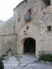 Montfalcó Murallat - Portal d'entrada al recinte clos.