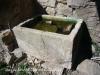Mas de Savella - Dipòsit de pedra, tallat d\'una sola peça.