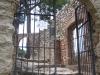Porta d\'entrada a l\'església de Sant Pere del castell i també al castell de Gelida