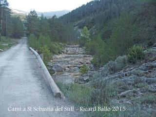 Camí a l'Església de Sant Sebastià del Sull – Saldes - Pont de Cal Ferrer