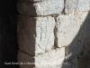 """Església de Sant Serni de Coborriu – Bellver de Cerdanya - En aquesta fotografia apareix el """"bust d'un orant"""" que es cita al text del cartell informatiu situat davant de l'església"""