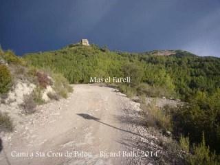 Camí a l'Església de Santa Creu de Palou – Mura - Al fons, el Mas del Farell.