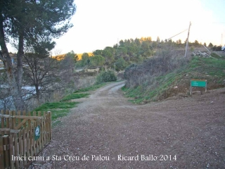 Camí a l'Església de Santa Creu de Palou – Mura - Començament de la ruta.