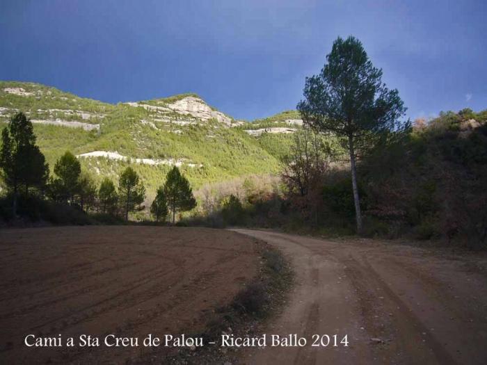 Camí a l'Església de Santa Creu de Palou – Mura
