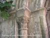 Església de Santa Margarida – Santa Margarida i els Monjos - Capitell porta d\'entrada.