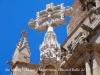 """Església de Santa Maria la Major – Montblanc - Tant mateix aquesta creu deu haver estat restaurada recentment, doncs a Pat.mapa (No indica data), es comenta """"l'estat de desgast de la figura""""."""