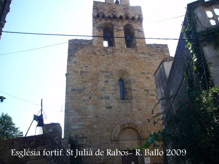 esglesia-fortificada-de-sant-julia-de-rabos-090715_520