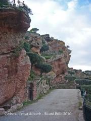 Església parroquial de Santa Maria de Corbera - Penya del corb - Zona on hem aparcat el cotxe.