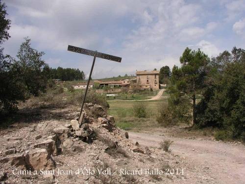Església VELLA de Sant Joan d'Oló – Santa Maria d'Oló - Itinerari - Cartell indicatiu del Mas Armenteres.