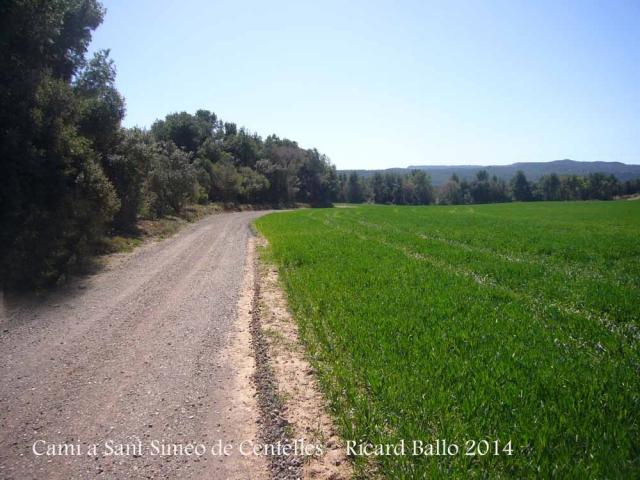 Camí d'accés a l'Església vella de Sant Simeó de Centelles – Rajadell