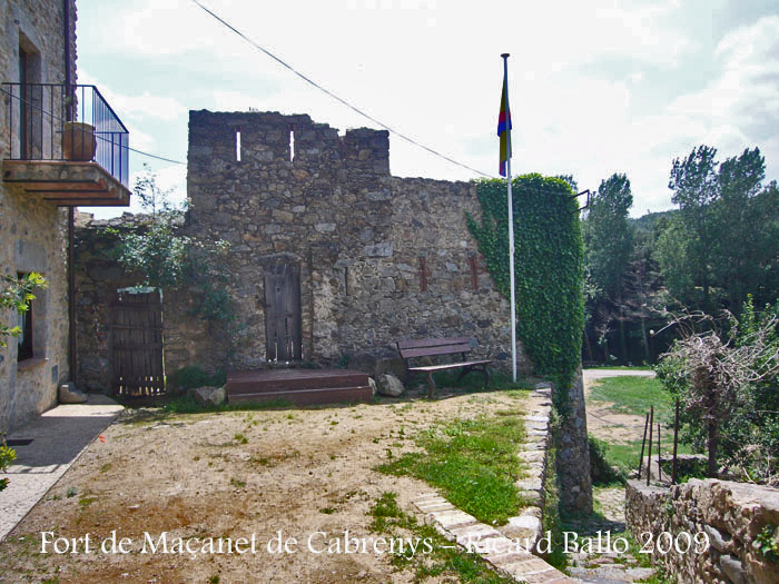 torre-macanet-de-cabrenys-090711_502bis