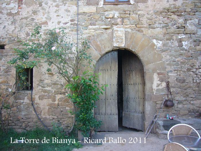 la-torre-de-bianya-110908_515