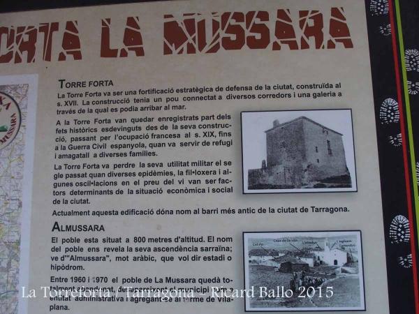 La Torreforta – Tarragona - Plafó informatiu situat al davant de l'edificació.