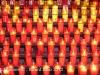 Montserrat- Detall: Ofrenes d\'espelmes.