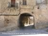 Muralles d'Arnes - Tres imatges d'un mateix portal, un portal doble: 1/3