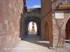 Muralles de Prades: Portal d\'accés a la plaça Major.