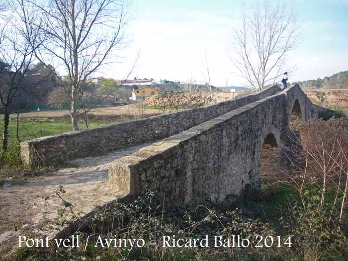Pont vell d'Avinyó – Avinyó