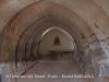 Sant Domènec del Tossal - Ponts - Fotografia de l'interior de l'església obtinguda introduint l'objectiu de la màquina de fotografiar, de manera força precària, a través de la reixa de la porta d'entrada