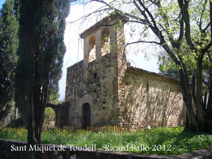 sant-miquel-de-toudell-120430_509