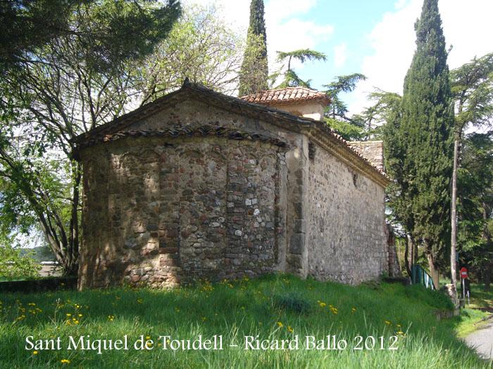 sant-miquel-de-toudell-120430_514