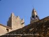 Torre de Ca la Miquelina - Al darrere apareix la part superior del campanar de l\'església parroquial de Sant Jaume.