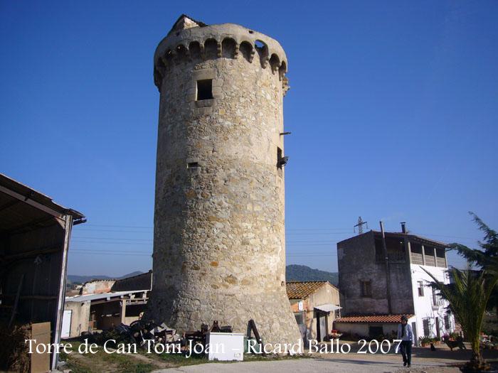 torre-de-la-masia-de-can-toni-joan-tordera_071201_506