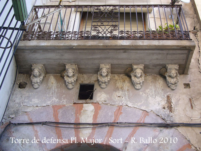 torre-de-defensa-de-la-pl-major-sort-100904_507