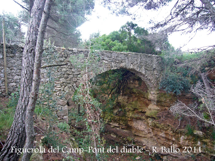 figuerola-del-camp-110508-pont-del-diable-o-del-moro_502bis