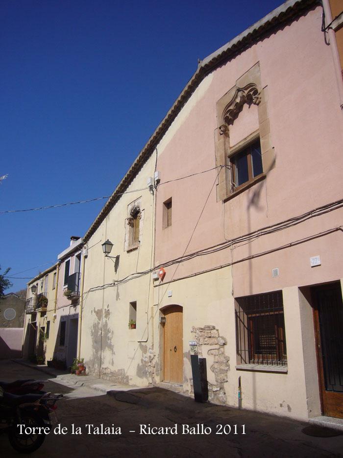 conjunt-del-carrer-xipreret-casa-dels-finestrals-gotics_502