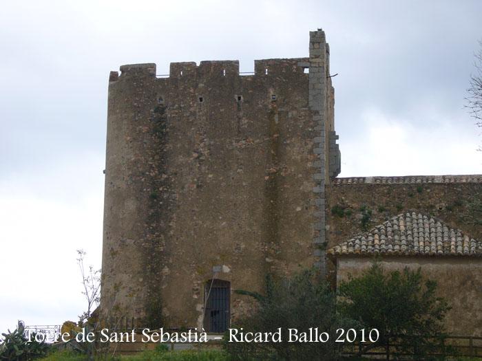 torre-de-sant-sebastia-100506_530