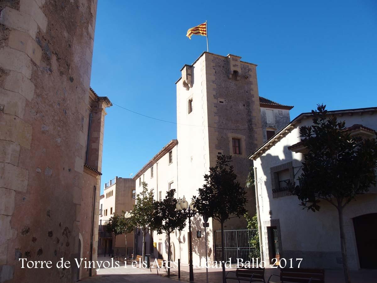 Torre de Vinyols i els Arcs – Vinyols i els Arcs