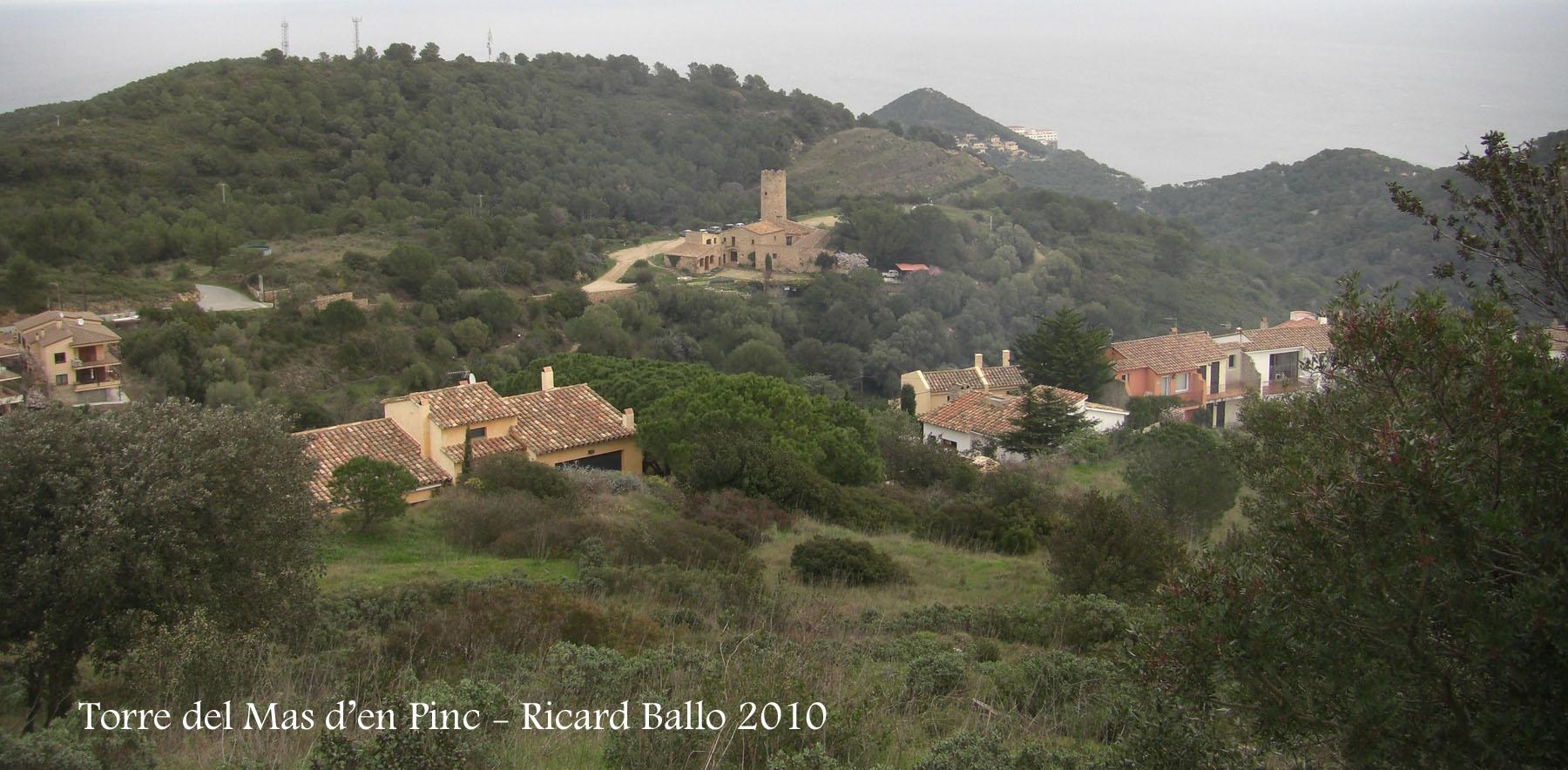 torre-del-mas-den-pinc-des-del-castell-de-begur-100225_701