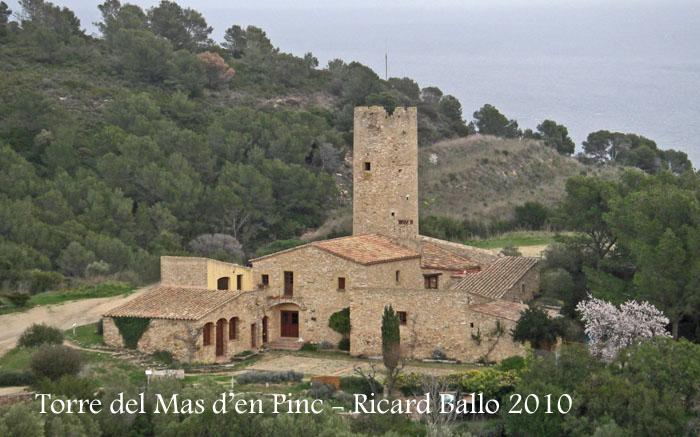 torre-del-mas-den-pinc-des-del-castell-de-begur-100225_703bis