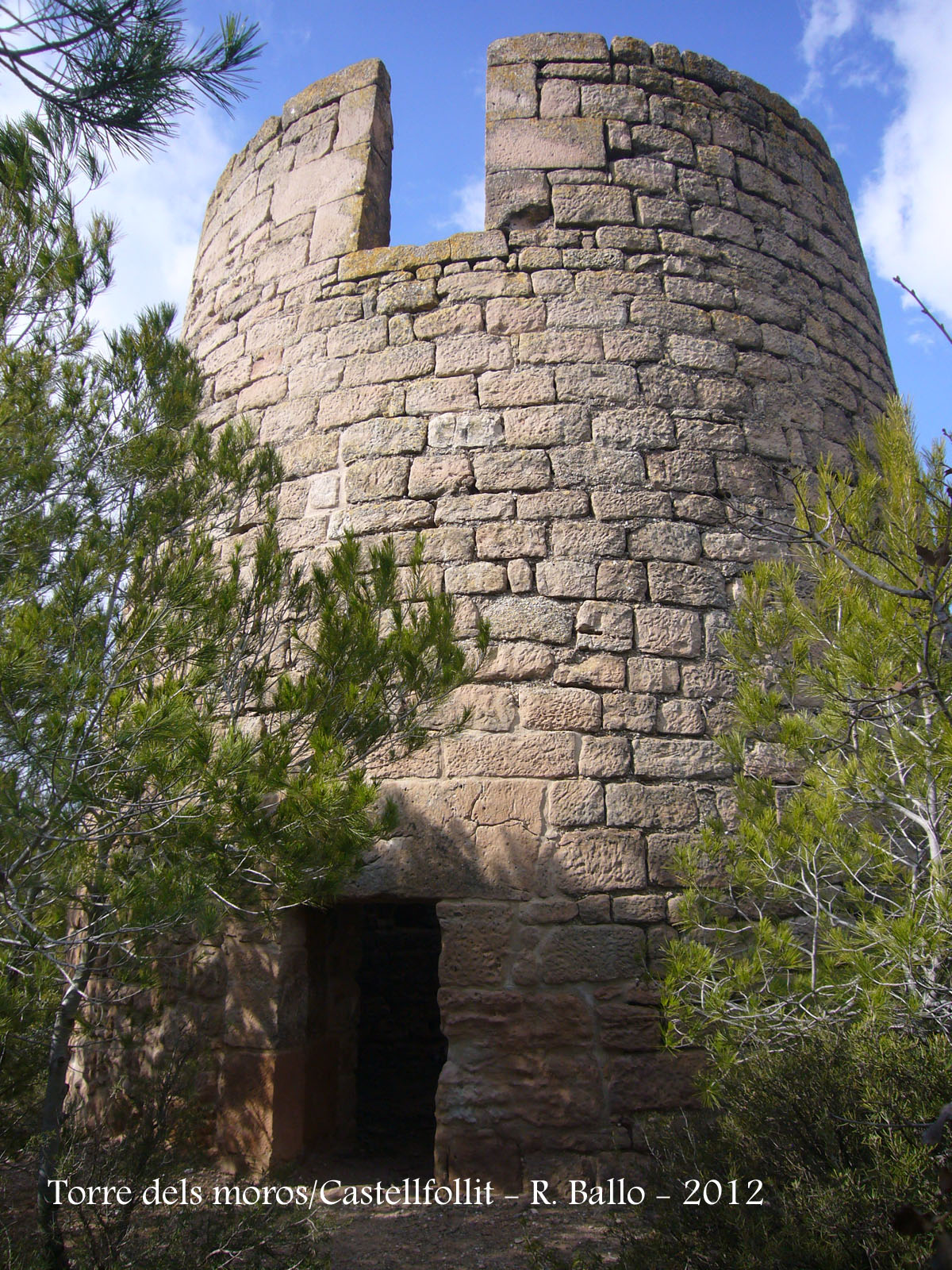 torre-dels-moros-castellfollit-del-boix-120217_503