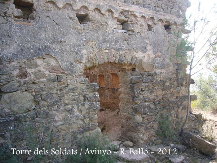 torre-dels-soldats-avinyo-120303_501