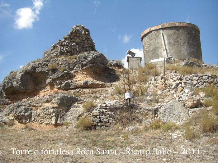 torre-o-fortalesa-a-roca-santa-110901_703