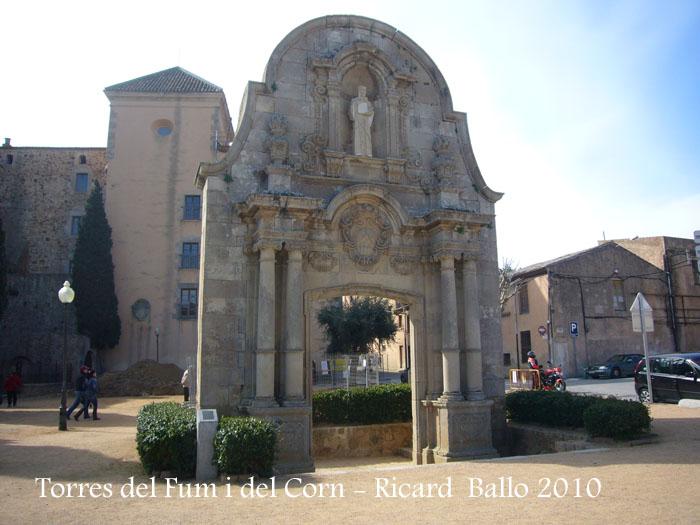 torres-del-fum-i-del-corn-100306_506