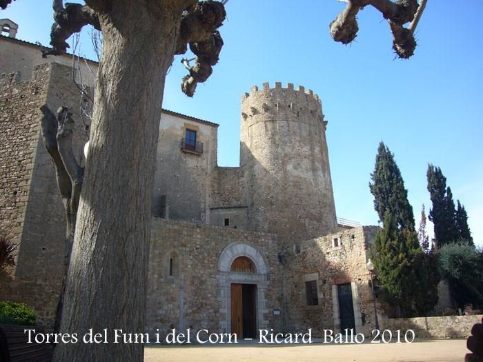torres-del-fum-i-del-corn-100306_523