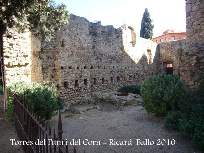 torres-del-fum-i-del-corn-100306_530