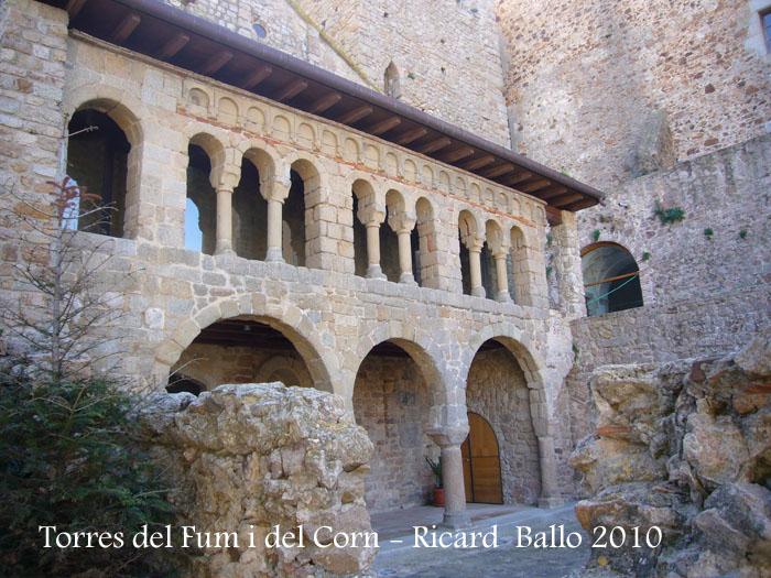 torres-del-fum-i-del-corn-100306_533